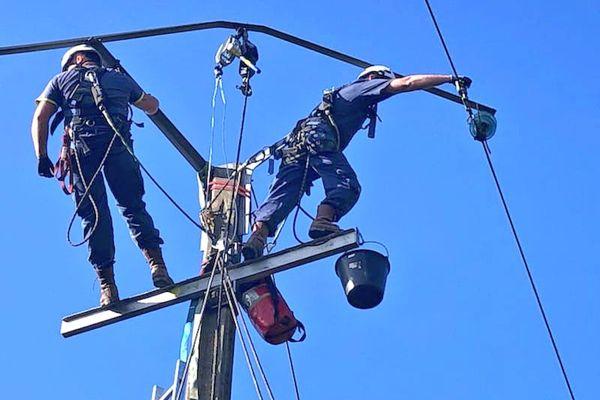 Le passage de la tempête Aurore sur le nord de la France a privé d'électricité 10 000 foyers dans l'Aisne et l'Oise.