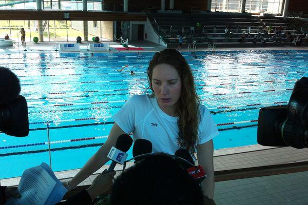 Camille Muffat à la piscine Olympique de Dijon en préparation aux championnats du monde de natation en juillet 2013