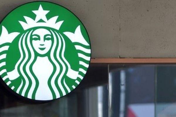 Des gilets jaunes ont investi le Starbucks des Champs-Elysées à Paris. (Photo d'illustration)