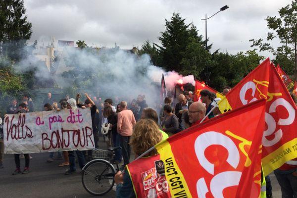 200 manifestants à l'occasion de la venue de Manuel Valls à Nantes le 27 septembre 2016