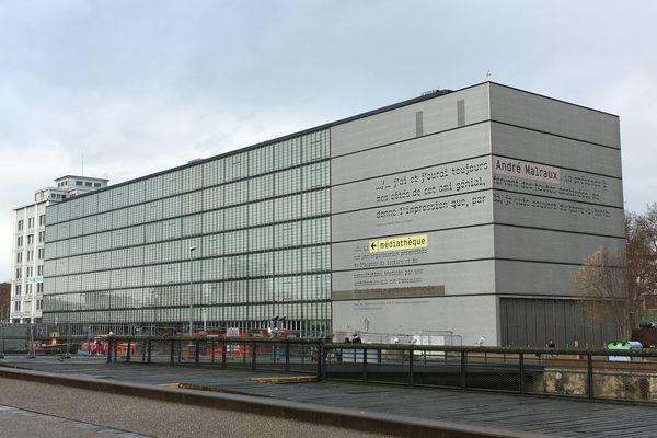 La médiathèque André Malraux est l'une des plus grandes de Strasbourg.