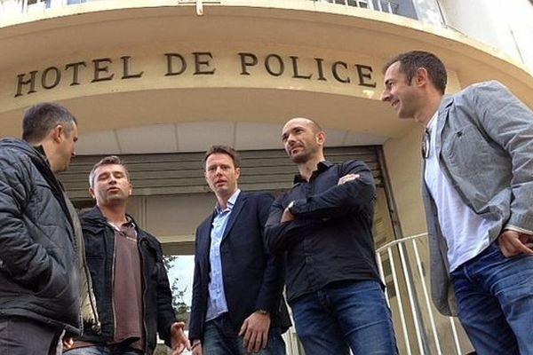 Narbonne (Aude) - les policiers de l'antenne du service départemental du renseignement territorial ne veut pas d'un gendarme à sa tête - 15 avril 2014.