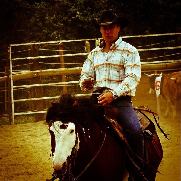 Stefano Baldon est eleveur et entraineur de taureaux de rodéo