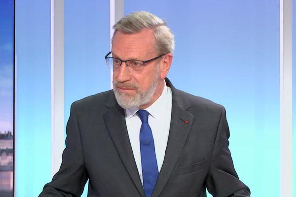 Le préfet du Centre-Val de Loire Pierre Pouëssel sur le plateau de France 3 le 22 octobre.