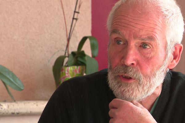 Norman Cox est conseiller municipal à Montrollet, un village charentais où il est très investi dans la vie locale.