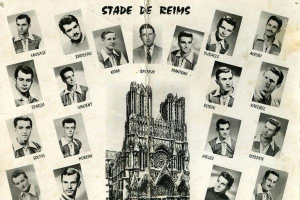 Maurice Barreau (deuxième en haut à droite) était gardien de but au Stade de Reims de 1958 à 1964.