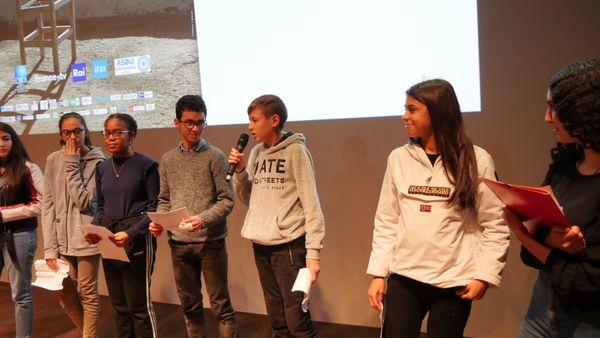 Un véritable débat citoyen s'instaure entre les mille élèves chargés de juger les documentaires en lice pour le prix des jeunes de la Méditerranée. Ici, la remise des prix lors de l'édition 2019.