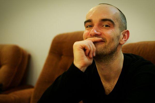 Le chanteur Guillaume Aldebert, originaire de Besançon