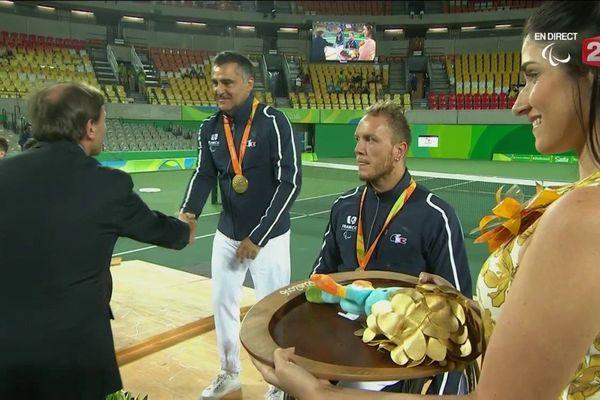 La paire Houdet Peifer sur le podium des Jeux Paralympiques de Rio