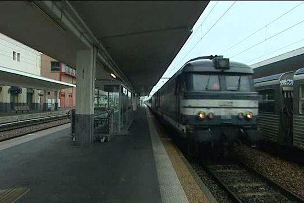 Il y aura 3 intercités sur 8 entre Clermont-Ferrand et Paris vendredi 3 juin 2016