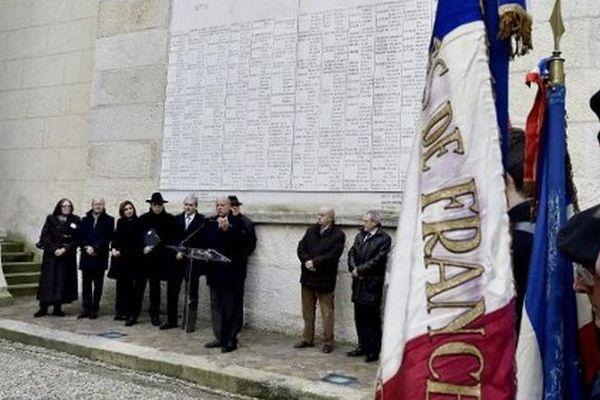 Hommage aux déportés de la rafle du 10 janvier 1944 à la synagogue de Bordeaux