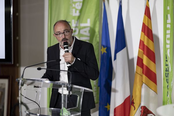 Jean-Laurent Felizia annonce que sa liste d'union de la gauche se maintiendra au second tour.