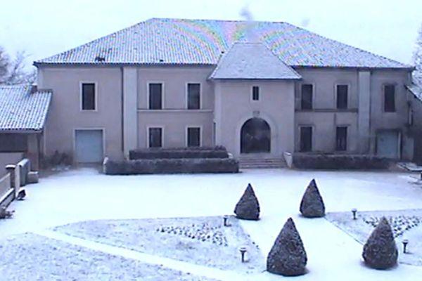 Le château de Masseilles dans les Landes sous la neige