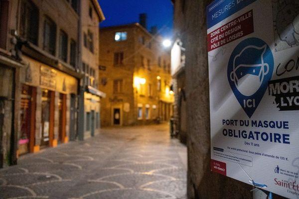 Le couvre-feu est entré en vigueur à Saint-Etienne la semaine dernière... La métropole stéphanoise affiche avec le taux d'incidence COVID le plus élevé de France. (octobre 2020)