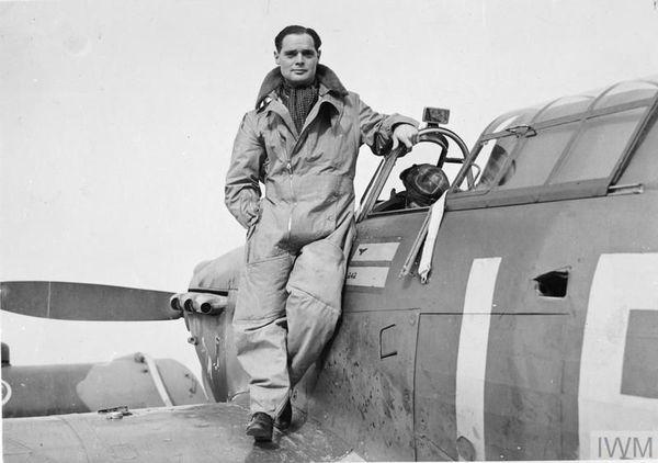Douglas Bader en septembre 1940.