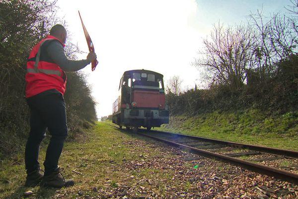 Une des locomotives de l'association des  chemins de fer de la vallée de l'Eure.