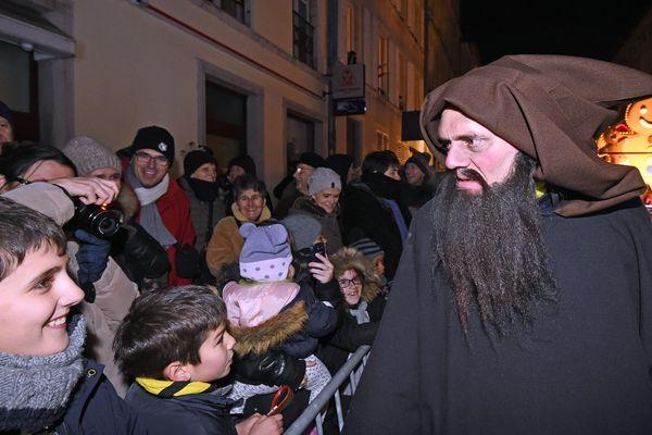 Le Père Fouettard lors du défilé de la Saint-Nicolas le 2 décembre 2017 à Nancy