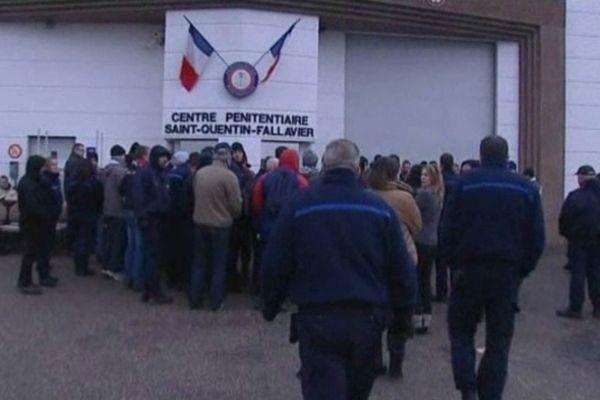 Au centre pénitentiaire de Saint-Quentin-Fallavier lors d'une manifestation en février 2013