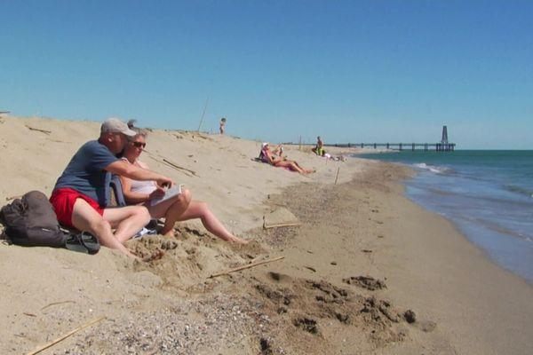 Des retours sur la plage de Leucate (Aude) sur réservation, limités en temps et surveillés pour faire respecter les distanciations entre groupes, c'est possible jusqu'au week-end de Pentecôte (31 mai et 1er juin).