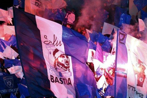 ILLUSTRATION - Supporteurs du SC Bastia