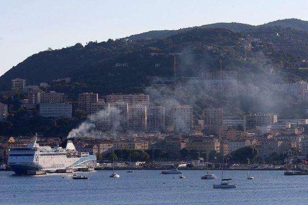 Des mesures ont été évoquées vendredi en Préfecture pour limiter la pollution autour du Port d'Ajaccio.