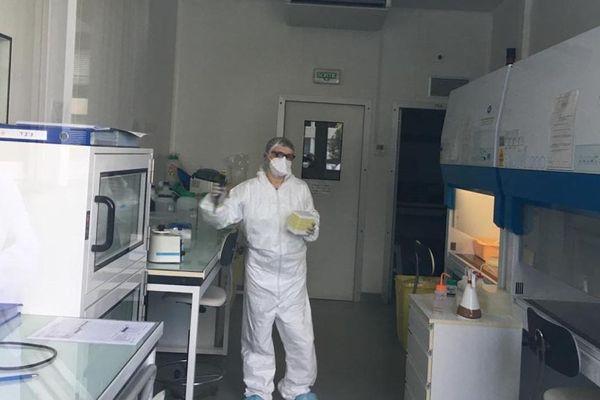 Le laboratoire certifié P2+ où seront effectuées les analyses