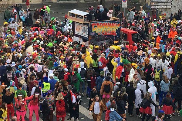Le 4 avril, 24 000 étudiants sont venus profiter du Carnaval de Caen. Un sacré pari pour la ville.