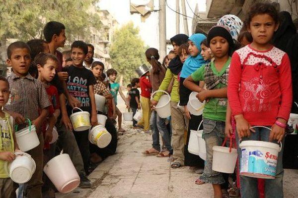 En Syrie des milliers d'enfants ont été déplacés;