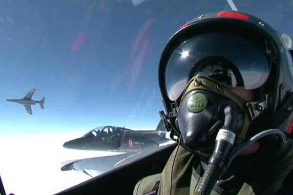 Les derniers Alphajets ont quitté la Base Aérienne 102 de Dijon-Longvic pour rejoindre la BA 120 de Cazaux, en Gironde.