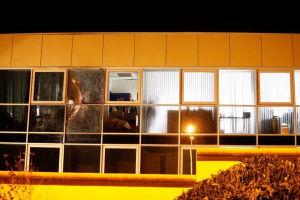 A Bastia, une roquette à charge inerte a été tirée depuis un véhicule sur la façade de la caserne Montesoro, siège du groupement de Haute-Corse.
