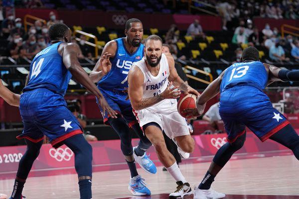 Evan Fournier joueur cadre de l'équipe de France de Basket, quitte Boston pour New York