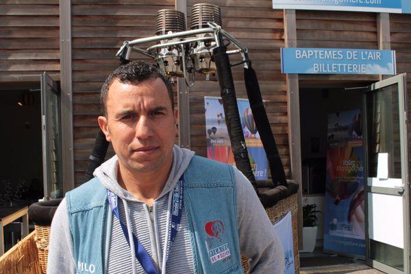 Ci-dessus Hicham Zrikem, premier pilote instructeur de l'histoire marocaine.