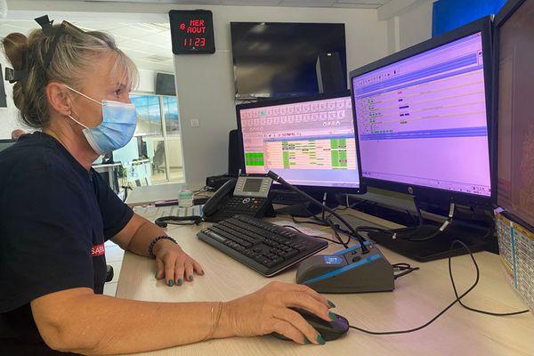 Anick Fantozzi, opératrice au CTA-CODIS de Haute-Corse.