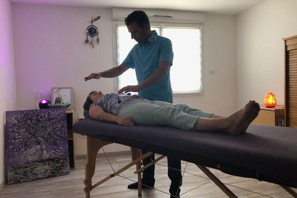 Pour aider à se déconfiner, certains se sont tournés vers la magnétothérapie.