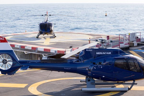 Les hélicoptères de la compagnie MONACAIR.