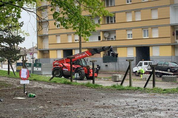 La casse sauvage du quartier du Vigenal neutralisée par la pose de blocs de béton