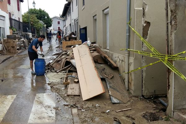 A Chaponnay, les dégâts causés par la pluie et la boue ... 8/6/18