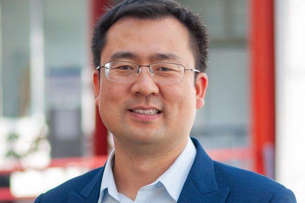 Yicha Zhang, chercheur à l'UTBM. Lauréat 2021 de la médaille F.W.Taylor
