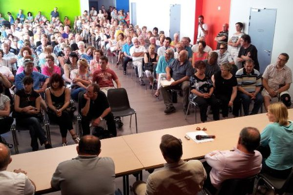 Nissan-lez-Enserune (Hérault) - réunion publique sur les problèmes de prostitution autour du village - 12 juin 2013.