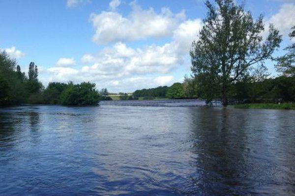 A l'époque, toute la région Centre-Val de Loire avait été touchée par les intempéries. Le parc du château de Chambord était sous les eaux.