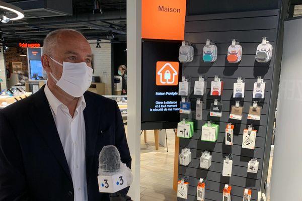 Mercredi 13 mai 2020. Le PDG d'Orange, Stéphane Richard, était à Rouen pour rencontrer ses salariés.