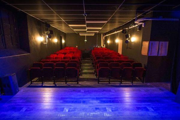 Salle du théâtre l'Art Dû à Marseille.