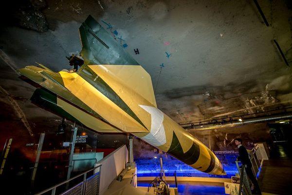 Une fusée allemande V2 exposée à La Coupole d'Helfaut.