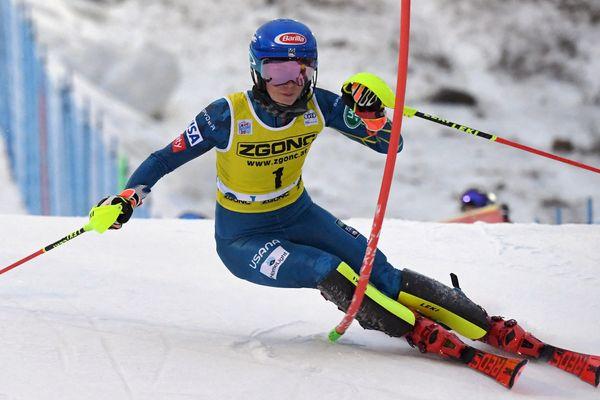 Mikaela Shiffrin (USA) lors du Slalom féminin de la Coupe du monde de ski alpin FIS à Levi, en Laponie finlandaise, le 21 novembre 2020.