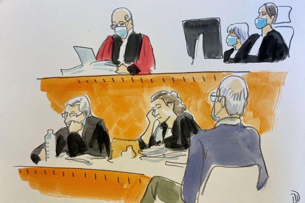 L'avocat général Pierre Bernard et les avocats de la partie civile maître De Caunes et maître Forget, de dos le père de Jérémy Roze, Christian Roze.
