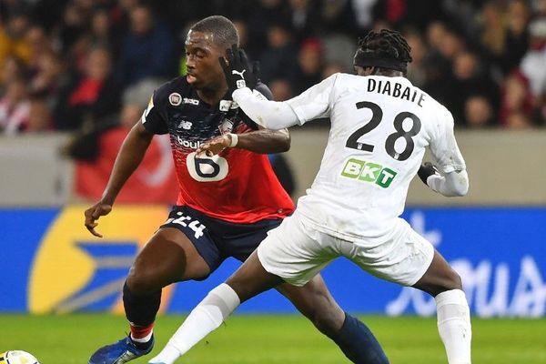 Boubakary Soumaré (à gauche) n'envisage pas de quitter le LOSC.