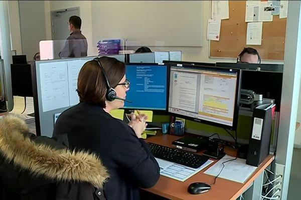 14 salariés traitent plusieurs centaines d'appels par jour.