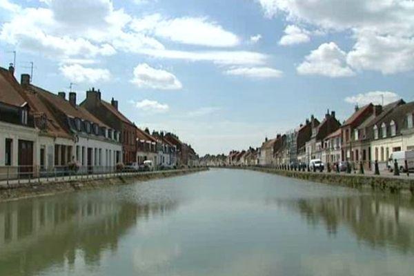 L'Aa à Saint-Omer, autrefois un port très puissant.
