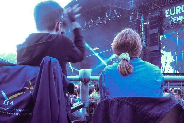 Samuel et Cécile pendant le concert de Skip The Use aux Eurockéennes