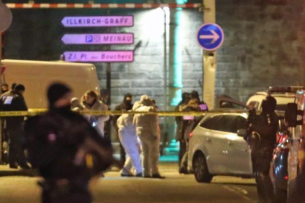La police scientifique dans la rue du Lazaret à Strasbourg où a été abattu Cherif Chekatt par la brigade spécialisée, jeudi soir 13 décembre 2018